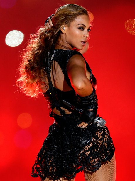 beyonce-super-bowl-2013--1359956209-view-1